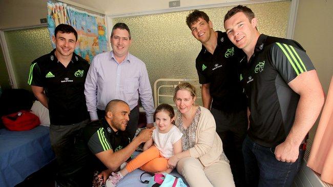 Irish Rugby | Smiles Aplenty As Munster Players Visit Cork